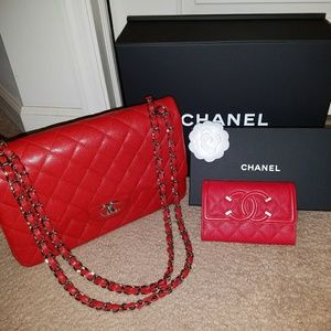 Just sharing my beautiful red Chanel jumbo!!!! ❤❤❤